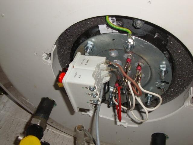Branchement chauffe eau mixte - Comment fonctionne un chauffe eau electrique ...