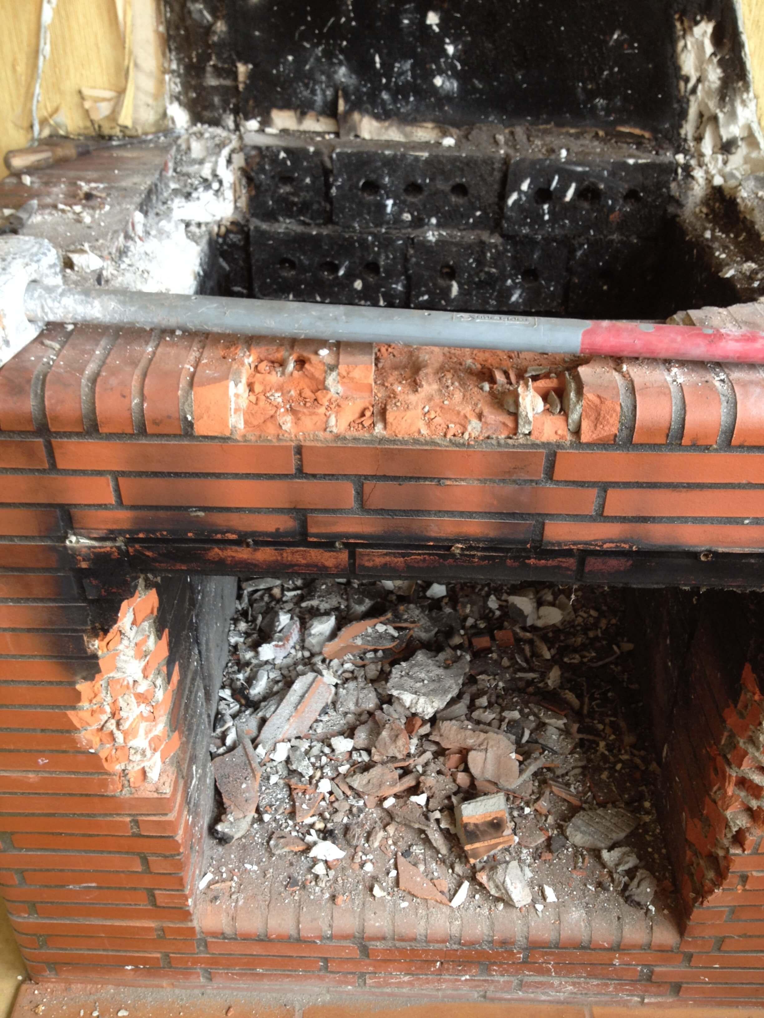 Outils pour casser chemin e briques - Comment casser une cloison ...